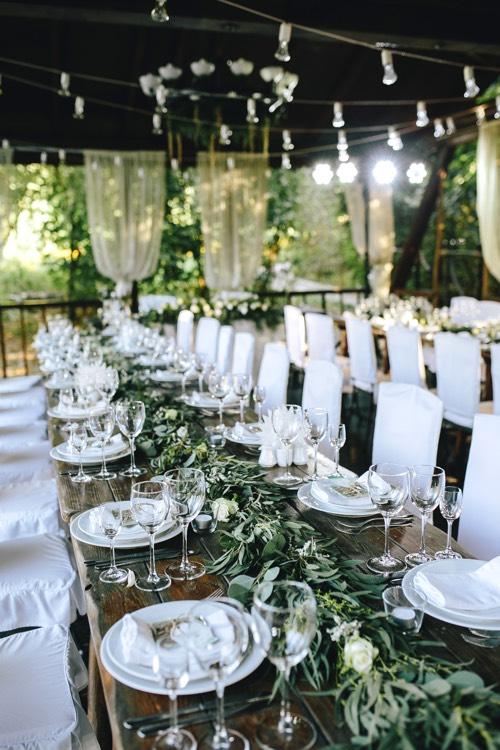 Hochzeitstischdekoration dank kompletter Hochzeitsplanung in Berlin Brandenburg